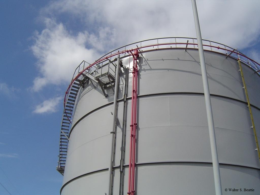 خزانات مياه فيبر جلاس للبيع